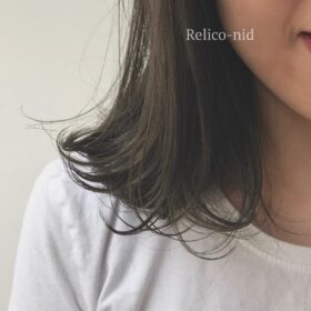 Relico-nid-艶のある毛先の女性
