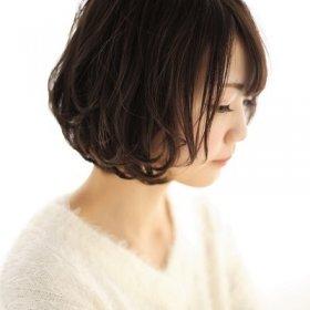 TARRYTABLE-艶のある黒髪ショート