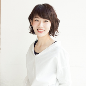 石倉 朋子