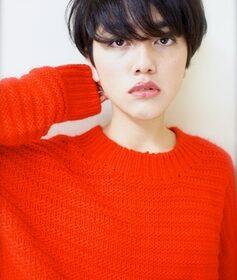 gokan-カットだけで決まる暗髪ショートヘアー