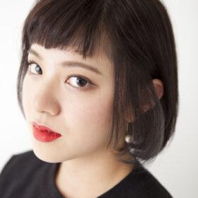 M_PLUS-ショートヘアの女性