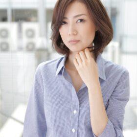 M_PLUS-大人な雰囲気の女性