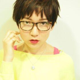 re_s-眼鏡の似合うショートカット