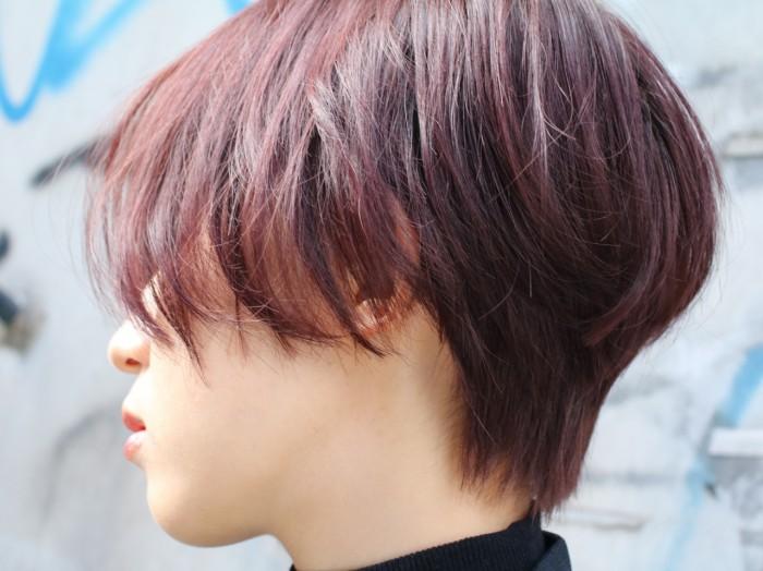 meika-ピンクブラウンのショートヘアの女性