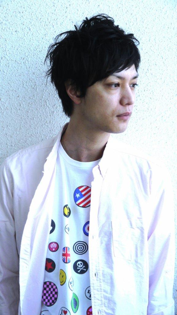 kuroromu-mens-黒髪短髪の男性