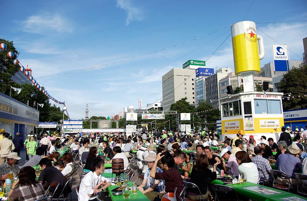 maruyama-history-ビアガーデンの様子