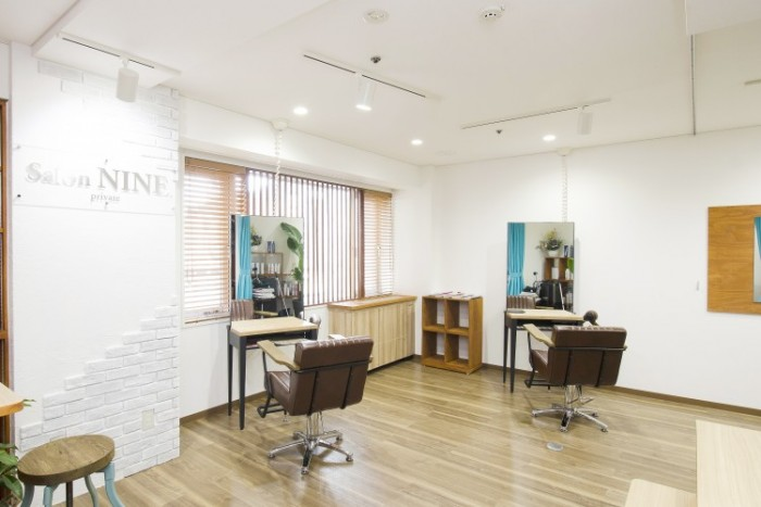 nine-mens-店内風景