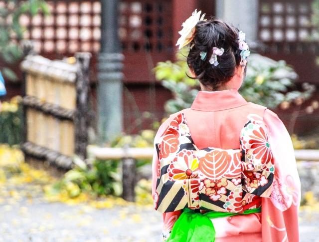 sapporo-kitsuke-着物の後ろ姿