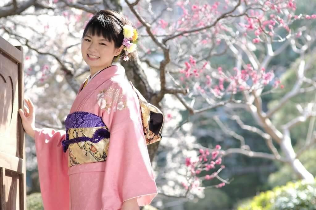 kitsuke-晴れ着の女性