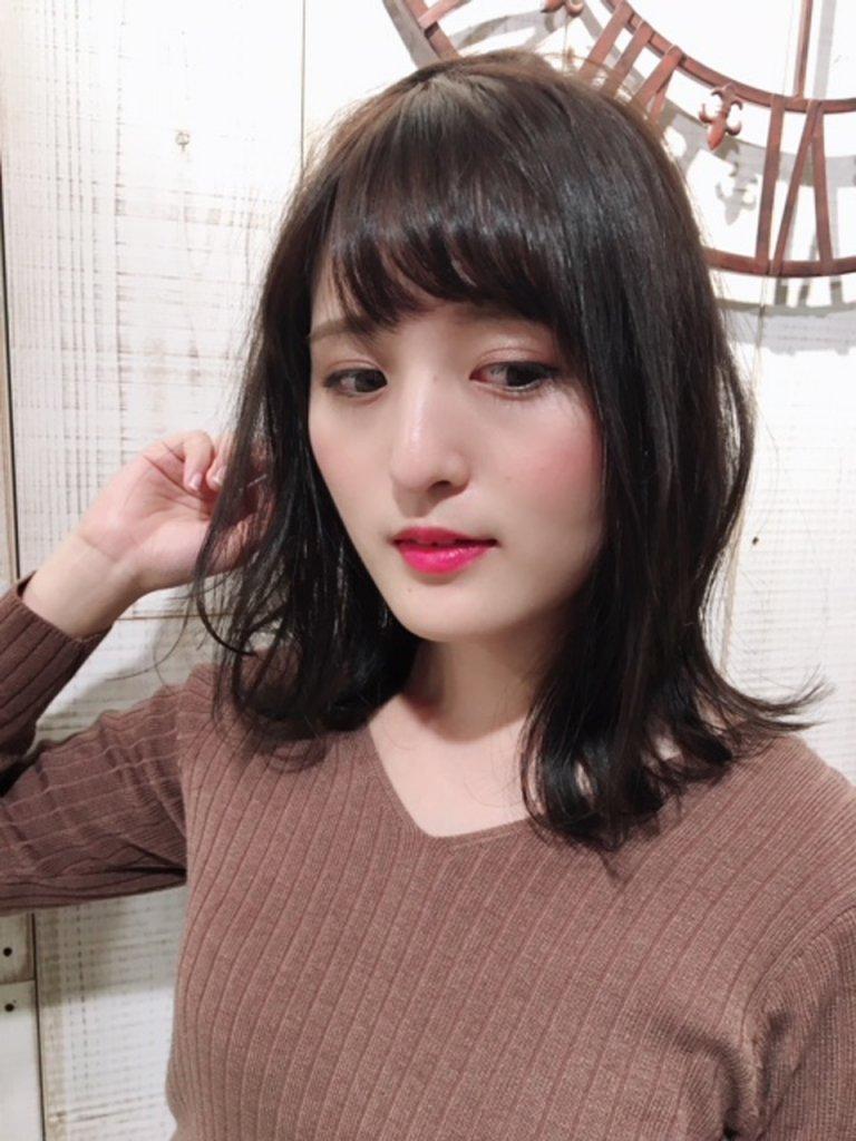 kann-カンのエアリーなミディアムヘア