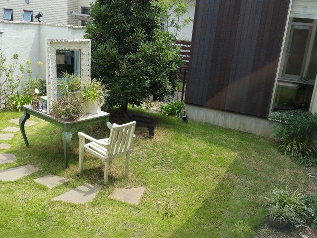 メルバイオリガミの中庭の写真