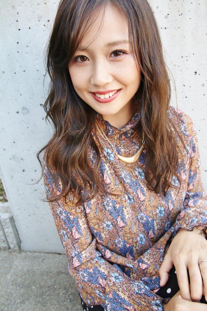 ヴァンカウンシル春日井店のロングヘアスタイル写真